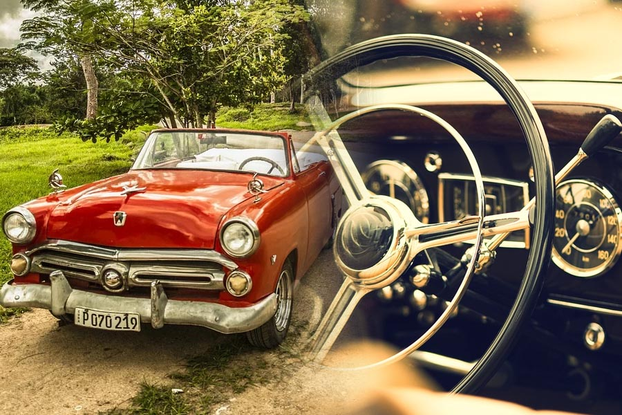 20 Cars That Changed the World