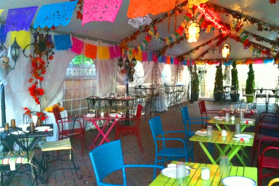 19 Hidden Gems on Staten Island That Only Locals Know About - 10. The Burrito Bar Restaurant