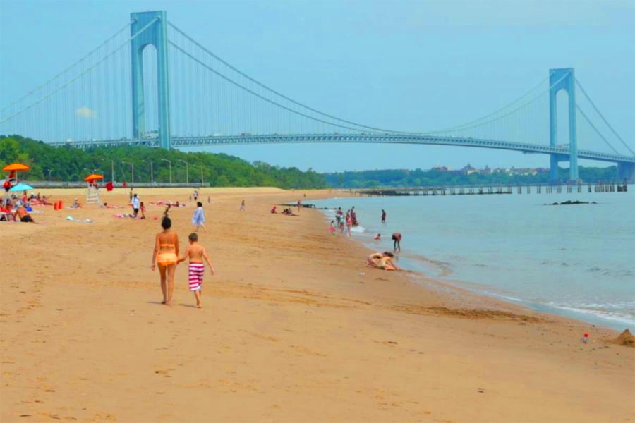 19 Hidden Gems on Staten Island That Only Locals Know About - 19. South Beach and Midland Beach